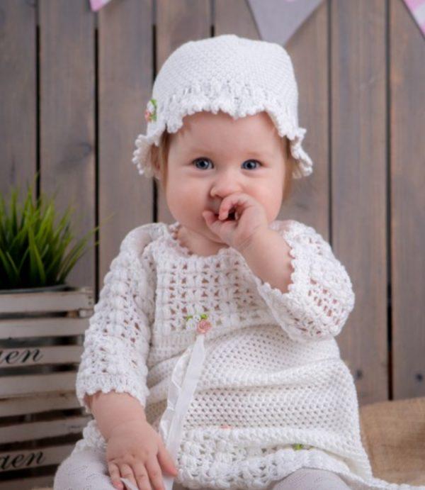 Delikatny Komplet do Chrztu, biała sukieneczka, czapeczka i buciki