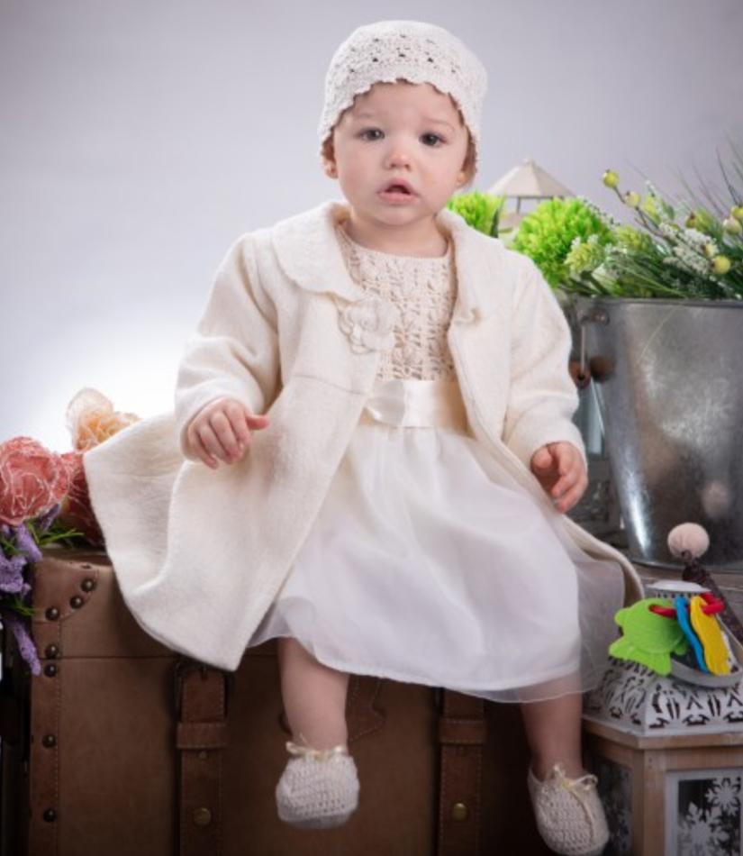 Komplet dla dziewczynki, ręcznie robiony ecru płaszczyk wełniany