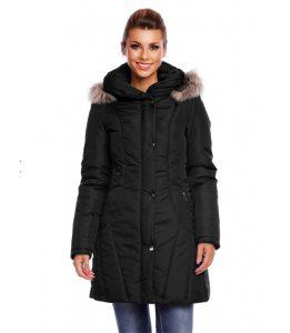 Puchowy czarny płaszcz z futerkiem